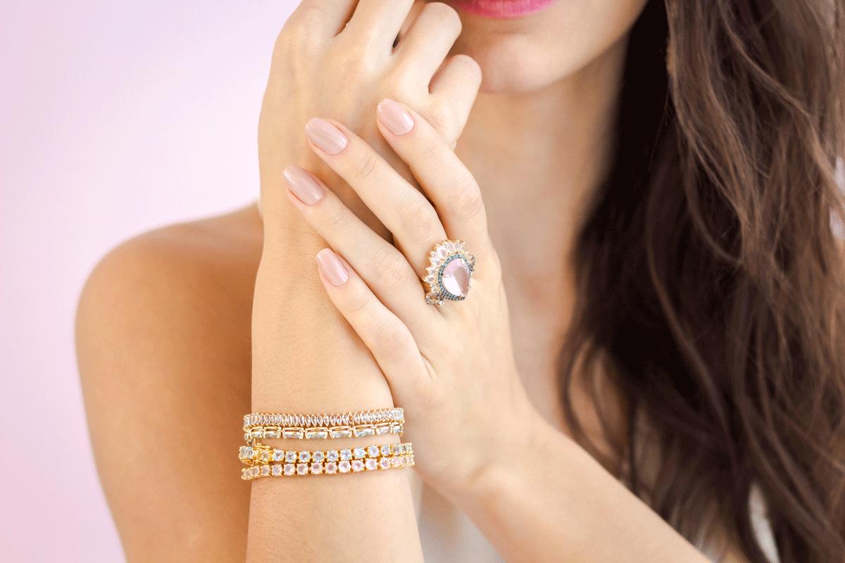 Conheça as 6 dicas de ouro para vender joias e semijoias
