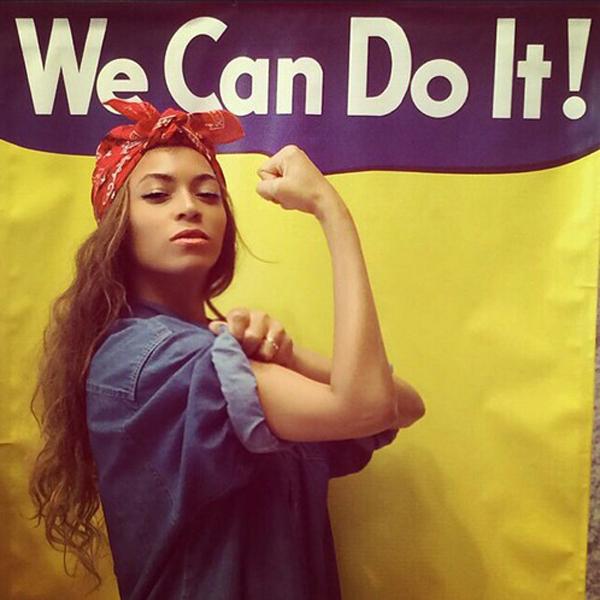 Beyoncé em analogia ao famoso cartaz feminista. Empoderamento feminino